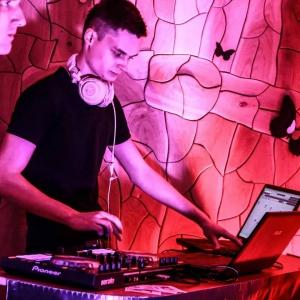 DJ Karolis